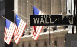 Wall Street fecha com 5.º recorde consecutivo dos índices Dow Jones e S&P500
