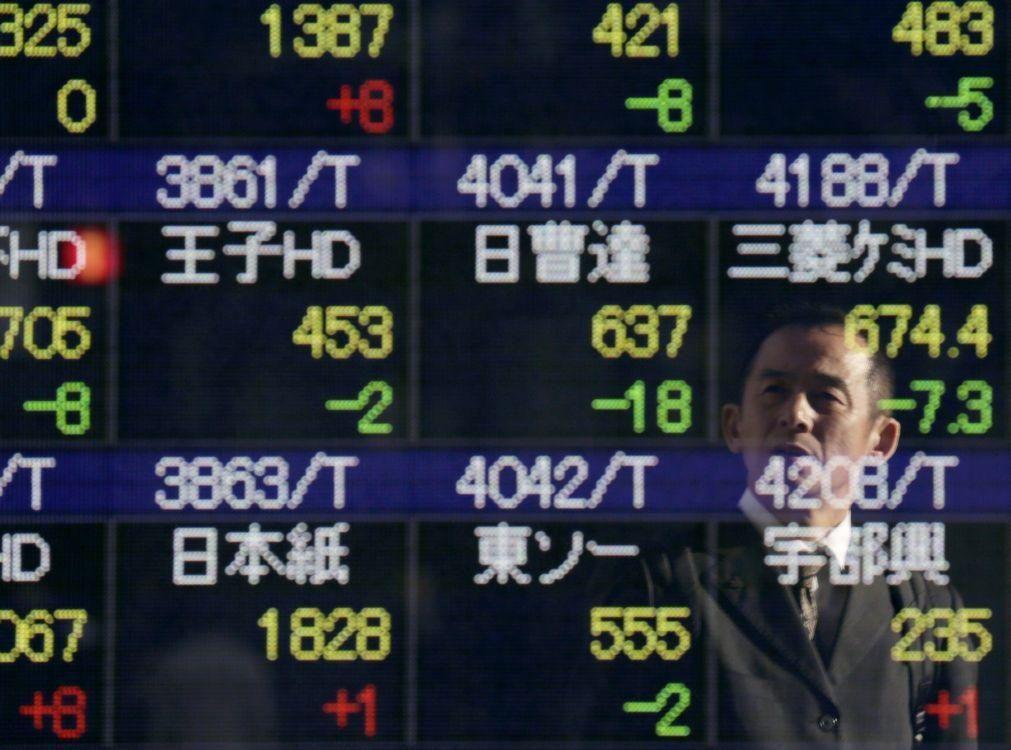 Bolsa de Tóquio abre a ganhar 0,59%