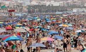 Covid-19: Espanha regista 14.336 novos casos e 144 mortes nas últimas 24 horas