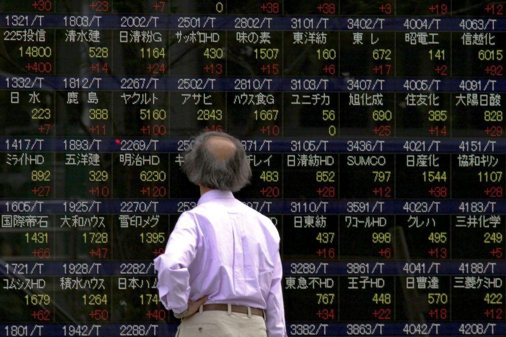 Bolsa de Tóquio fecha a ganhar 0,59%