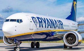 Ryanair alerta clientes para emissão de bilhetes falsos