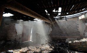 Incêndios: Mais de 230 operacionais e 12 meios aéreos combatem fogo em Odemira