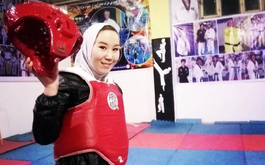 Afeganistão Desesperada, atleta afegã faz apelo para ir aos Jogos Paralímpicos: