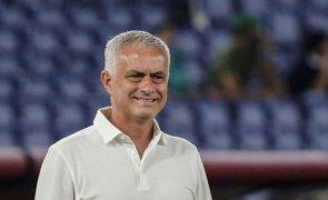 Mourinho espera duelo