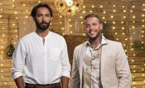Casal gay de 'O Amor Acontece' termina participação de costas voltadas
