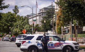 Rende-se à polícia o homem que dizia ter bomba junto ao Capitólio