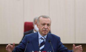 Erdogan adverte de que Turquia não será