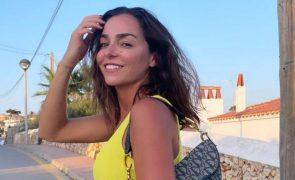 Vanessa Martins assume novo romance com beijo [vídeo]