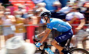 Vuelta: Alejandro Valverde desiste após queda