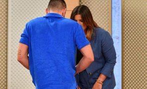 Cláudio Ramos revela que não usa cuecas à sexta-feira e mostra tudo