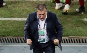 Português José Peseiro deixou seleção venezuelana por falta de pagamento