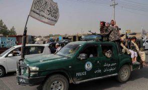 Afeganistão: Número dois dos talibãs em Cabul para formação do novo governo