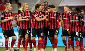 Bayer Leverkusen soma primeira vitória na Bundesliga com goleada