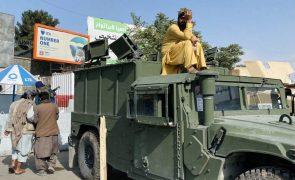 EUA retiraram 3.800 pessoas do Afeganistão nas últimas 24 horas, 17 mil na última semana