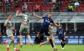 Campeão Inter goleia Génova por 4-0 na Liga italiana
