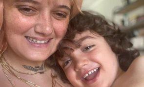 """Filho de Carolina Deslandes sofre novo incidente: """"Nunca chorei tanto"""""""