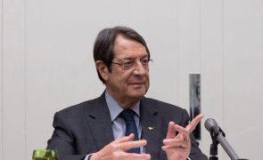 Chipre retira passaportes a cipriotas-turcos envolvidos em abertura de Varosha