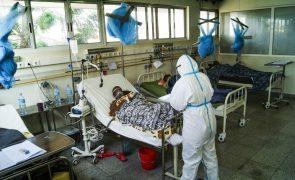 Covid-19: Moçambique anuncia mais oito mortes e 343 novos casos