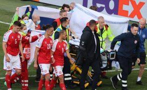 Médicos que salvaram Eriksen e Kjaer recebem Prémio Presidente da UEFA