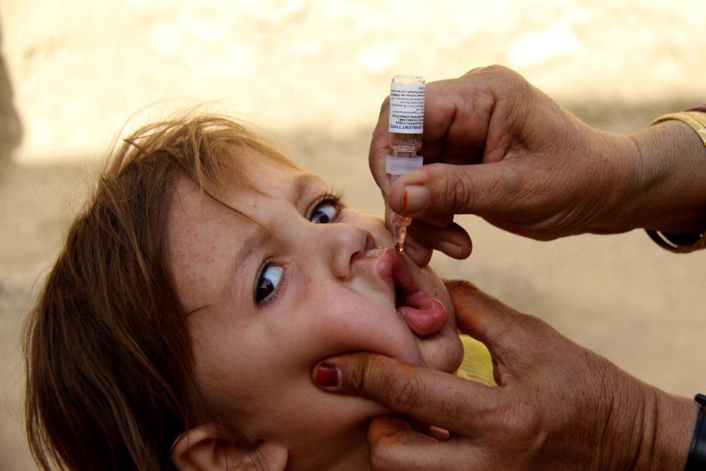 Em 2016, uma em cada dez crianças no mundo não tinha qualquer vacina