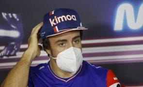Fernando Alonso confirmado na Alpine para a temporada de 2022 de Fórmula 1