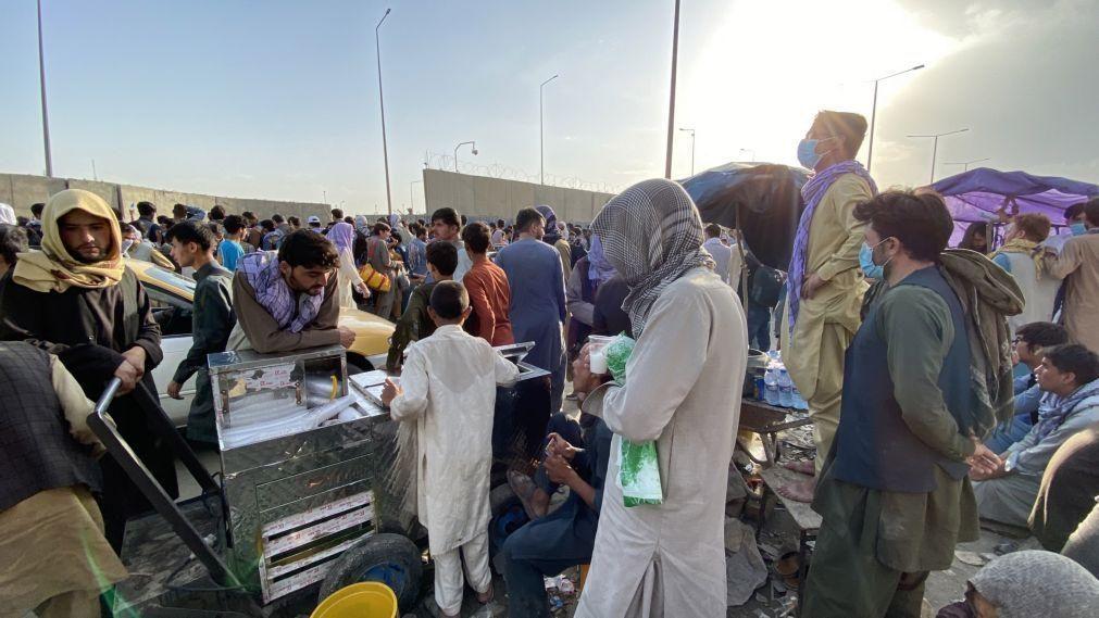 Afeganistão: Portugal pode acolher no imediato mais de 300 pessoas