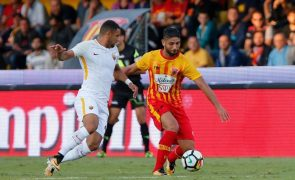 Lateral internacional marroquino Achraf Lazaar reforça Portimonense