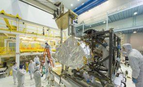 Telescópio espacial James Webb conclui testes finais antes de rumar à base de lançamento