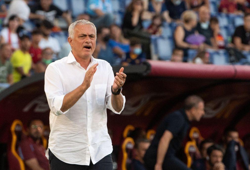 LCE: Roma, de Mourinho, apura-se para a fase de grupos