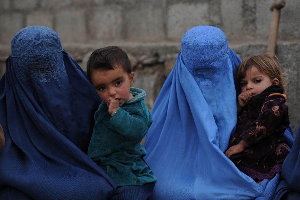 Afeganistão: UMAR manifesta solidariedade com mulheres afegãs e defende asilo político