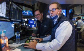 Wall Street segue no 'verde' antes de declarações de Powell