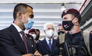 Afeganistão: Itália termina ponte aérea para retirar mais de 5 mil afegãos