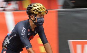 Vuelta: Campeão olímpico Richard Carapaz abandona corrida