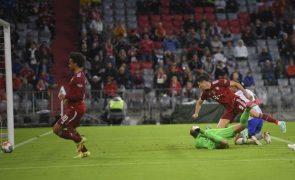 Bayern Munique goleia Hertha Berlim com 'hat-trick' de Lewandowski