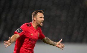 Seferovic nos convocados do Benfica para receção ao Tondela, Yaremchuk de fora