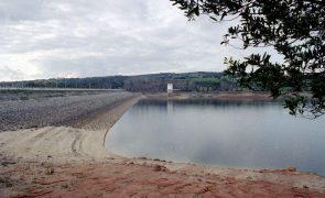Criança de 10 anos desaparecida junto à barragem de Montargil
