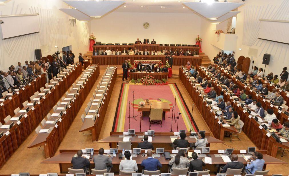 Parlamento moçambicano inicia auscultação pública para revisão da legislação penal