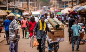 Covid-19: Guiné-Bissau já vacinou mais de 43 mil pessoas desde abril
