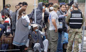 Merkel e Macron articulam continuação de resgate de cidadãos no Afeganistão