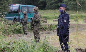 Migrações: Governo polaco pede estado de emergência na fronteira com Bielorrússia