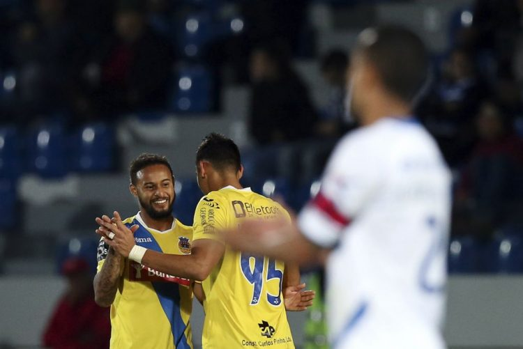 Arouca alcança primeira vitória fora e continua a subir na I Liga