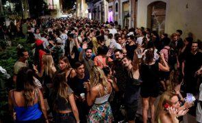 Covid-19: Espanha regista 6.818 novos casos e 132 mortes nas últimas 24 horas,