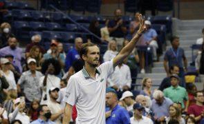 US Open: Medvedev e Osaka lideram favoritos até à terceira ronda
