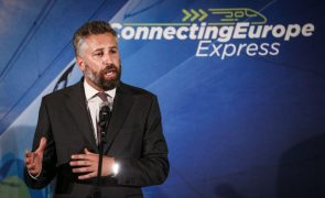 Ministro aponta falhas da Europa na interoperabilidade e afasta migração total da bitola