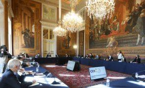 Governo e parceiros sociais retomam hoje reuniões de concertação