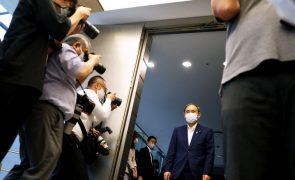 Primeiro-ministro japonês fora das eleições no partido prepara saída do poder