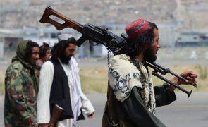 Afeganistão: Confrontos intensificam-se na única província não controlada por talibãs