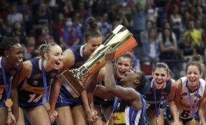 Itália conquista Europeu de voleibol feminino ao bater a bicampeã Sérvia