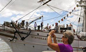 Veleiro norueguês pára em Lisboa em viagem científica pelo mundo
