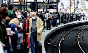 Covid-19: Alemanha soma quatro milhões de contágios com incidência levemente em alta